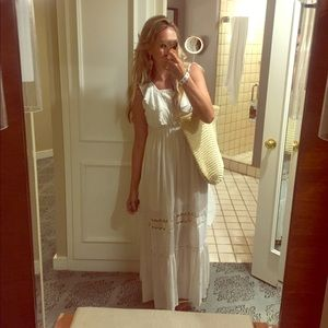 White long Maxi with lace